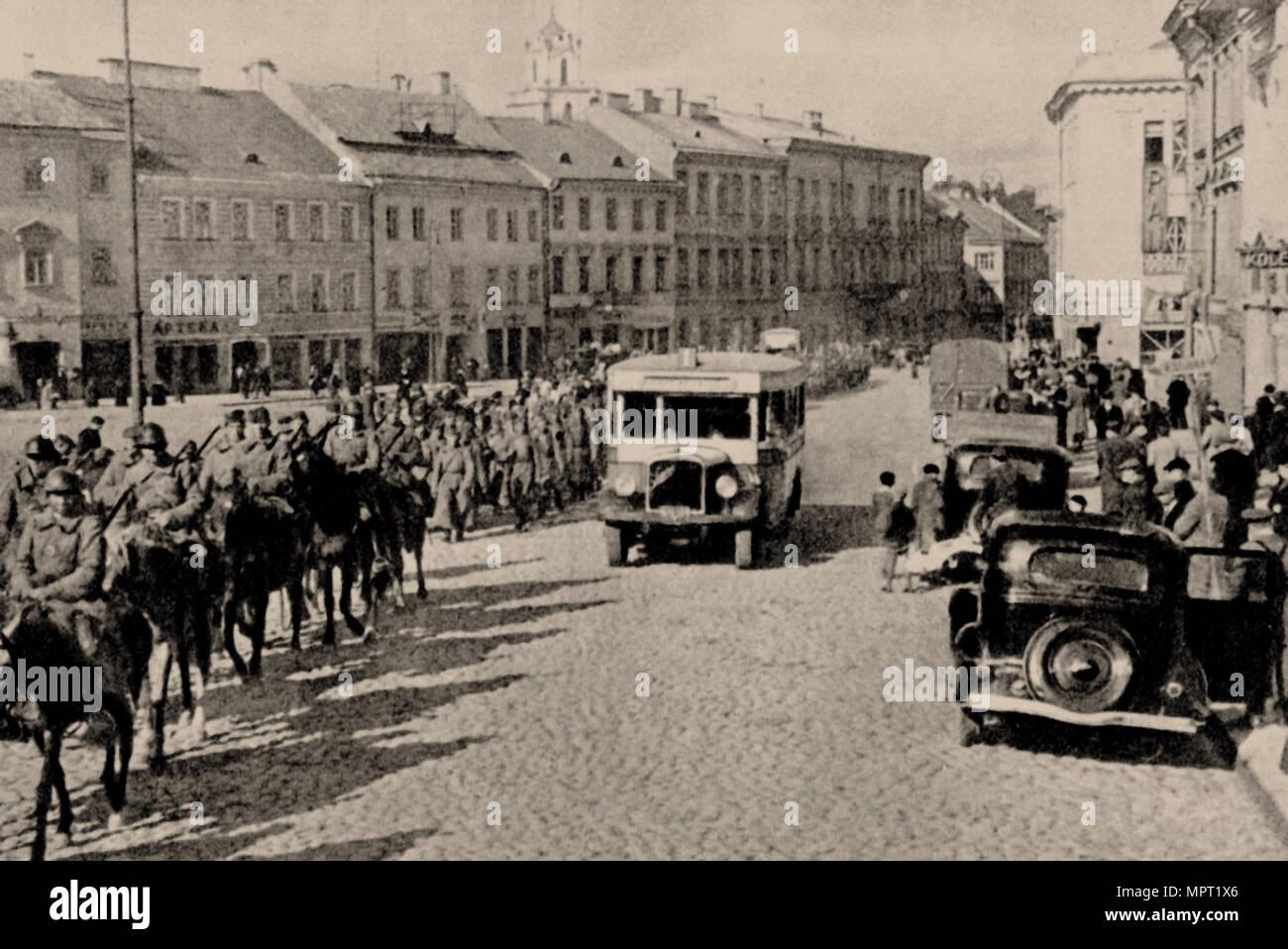 The Soviet Red Army in Vilnius, 1940, 1940. - Stock Image