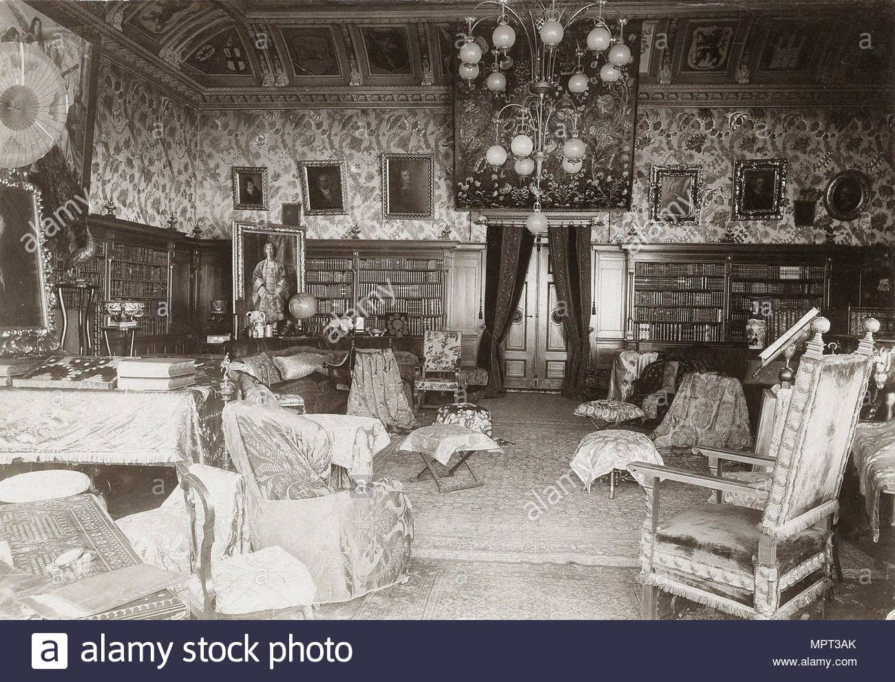 The hall with the Wagner library in the house Wahnfried in Bayreuth c. 1900 & House Interior 1900 Stock Photos \u0026 House Interior 1900 Stock Images ...