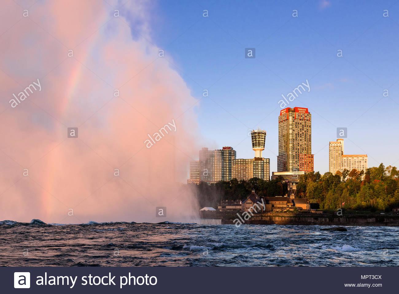 Horseshoe Fall and city skyline, Niagara Falls, Ontario, Canada. - Stock Image