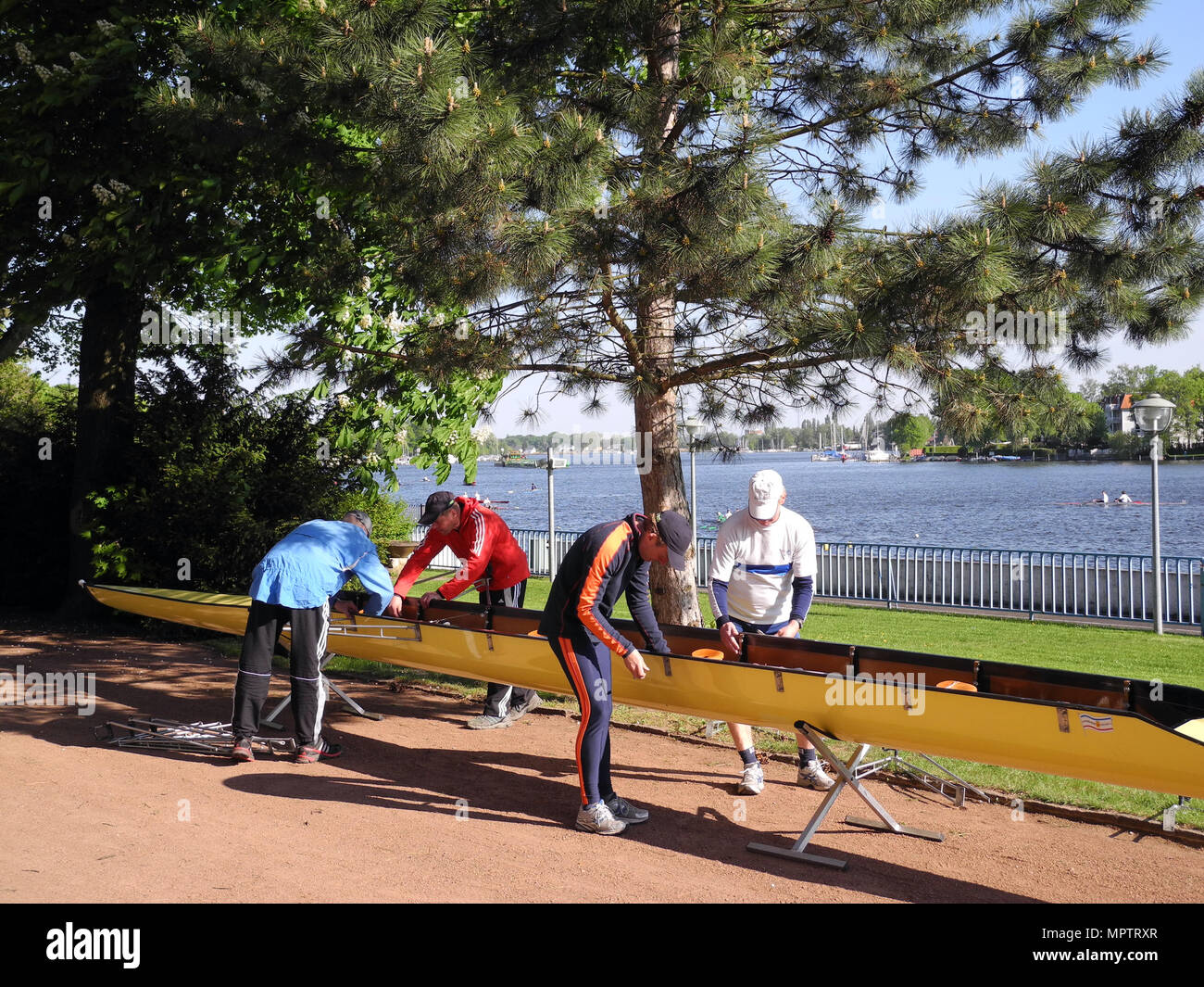 Berlin-Grünau. GERMANY.  1936 Olympic Rowing Course, Lander See [Dahme], Berlin, Treptow-Köpenick Frühregatta GV. General View.  Masters crew rigging  - Stock Image