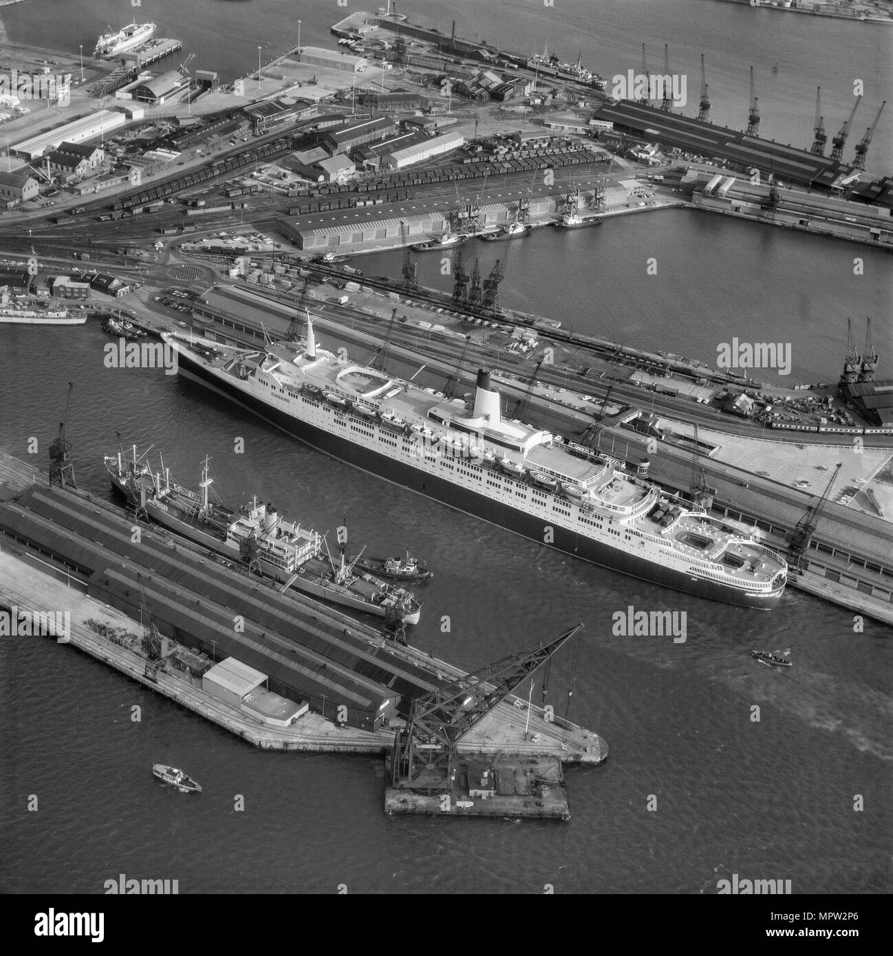 The liner 'QE2' docked at Southampton, Hampshire, 1969. Artist: Cross. - Stock Image