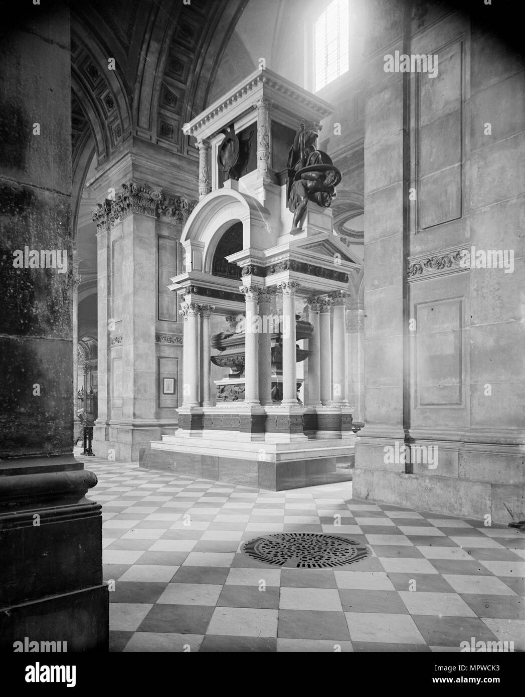 Wellington Monument, St Paul's Cathedral, City of London, c1870-c1900. Artist: York & Son. - Stock Image