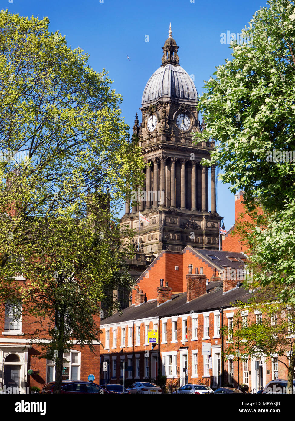 Leeds Town Hall from Park Square in Spring Leeds West Yorkshire England - Stock Image