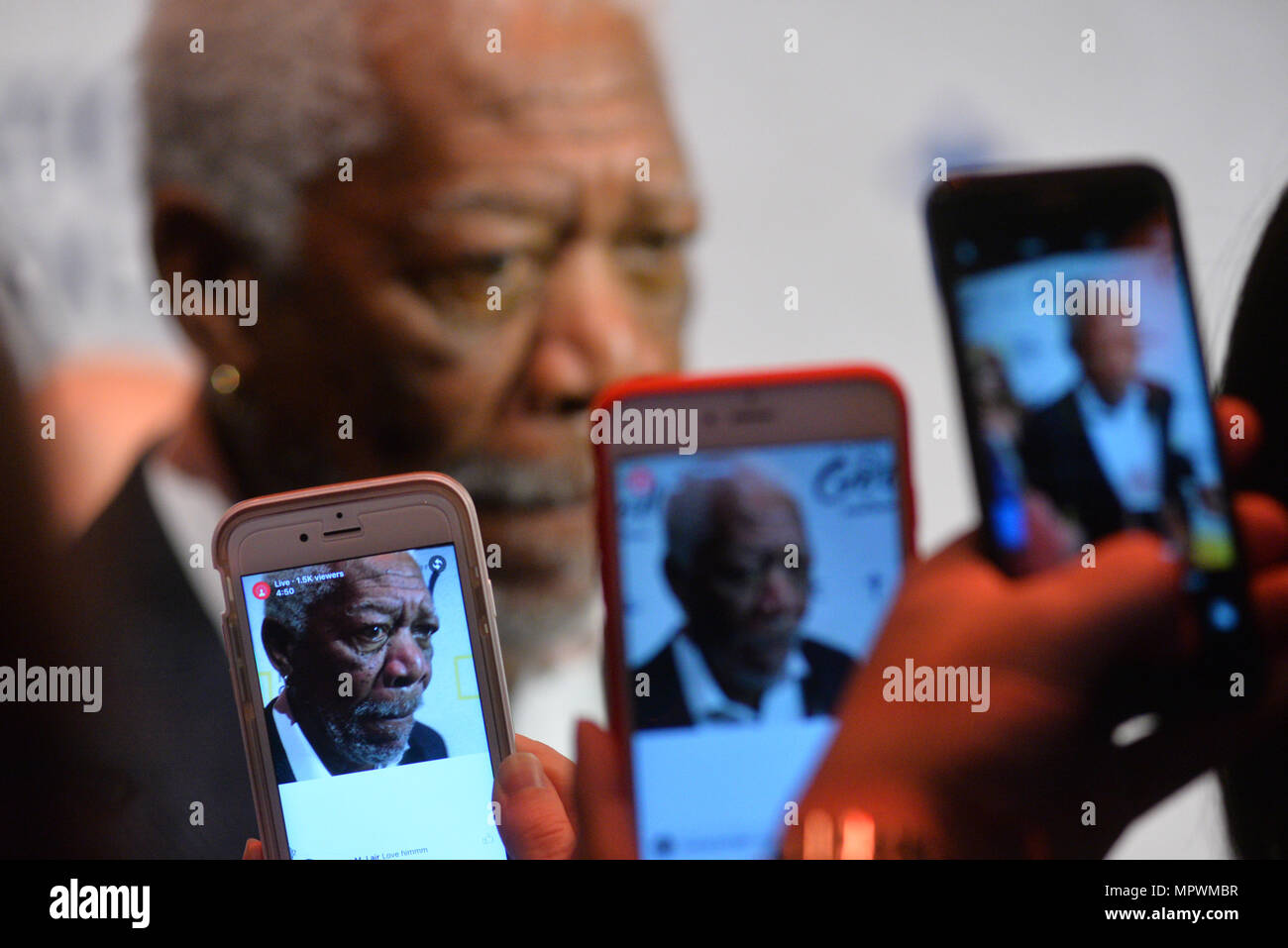 Morgan Freeman gets snapped by cameraphones while attending National Geographic 'The Story Of God' With Morgan Freeman World Premiere at Jazz at Linco - Stock Image