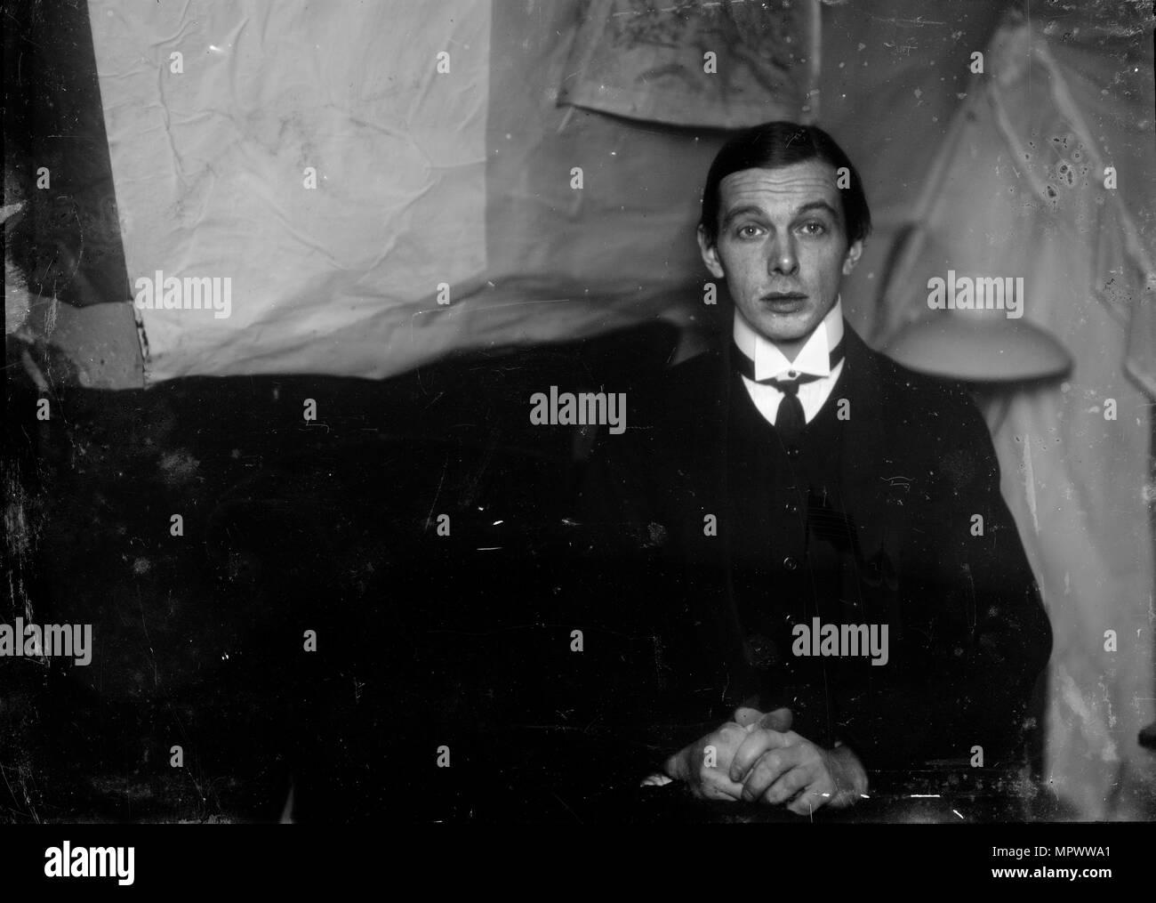 Self-Portrait in the studio in Berlin-Friedenau, 1913-1915. - Stock Image