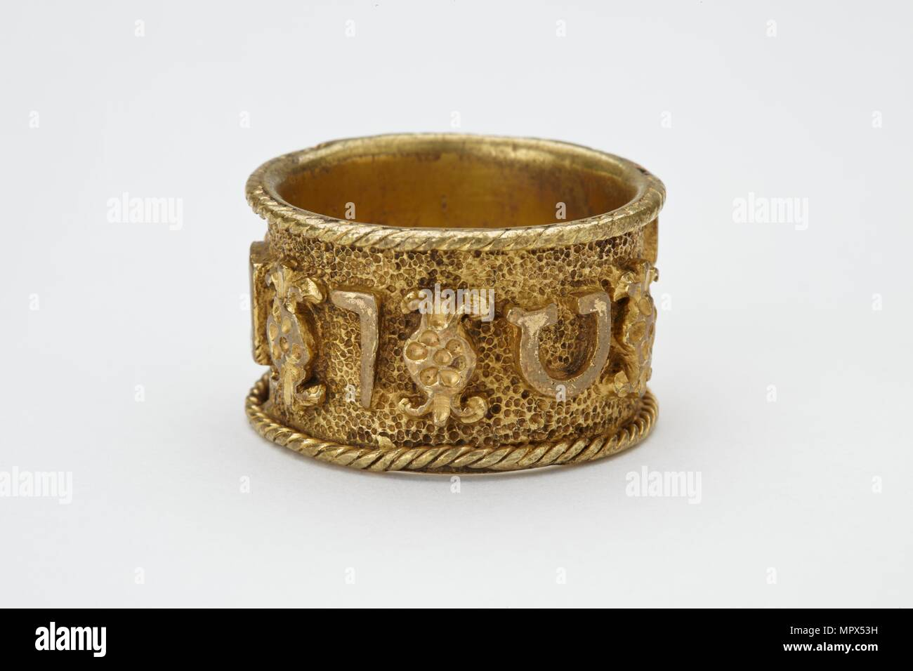 from ca marriage of the museum scenes rings walters wikipedia century wedding art with byzantine life christ wiki ring right