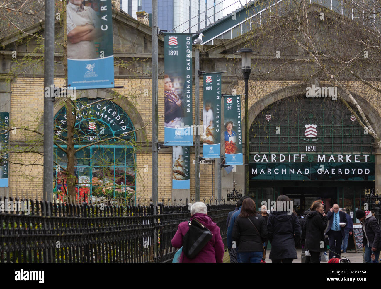 Shoppers, Cardiff Market, Cardiff town centre, Cardiff. - Stock Image
