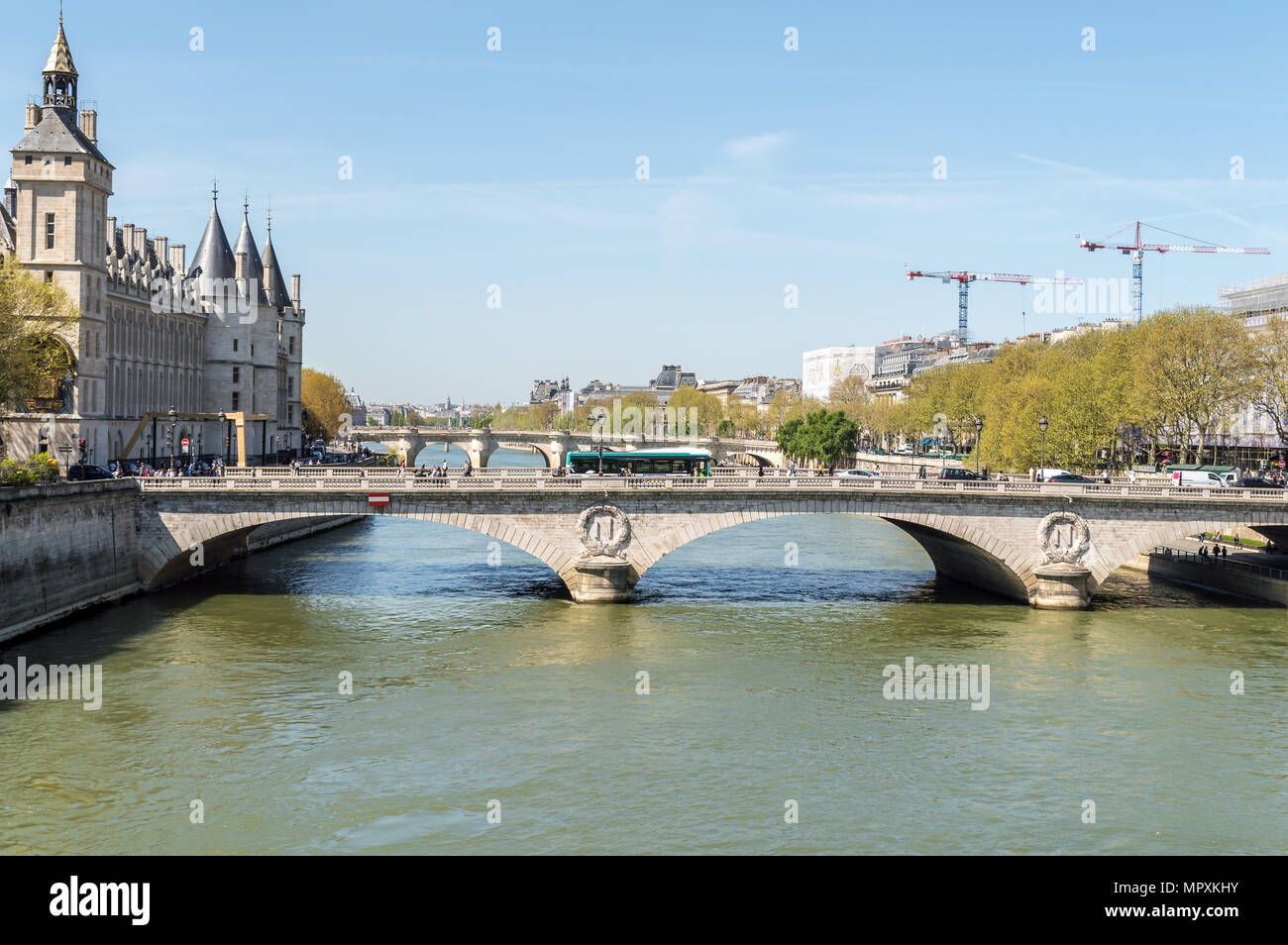 View of the Seine and the 'Pont au Change on a sunny day in Paris - Stock Image