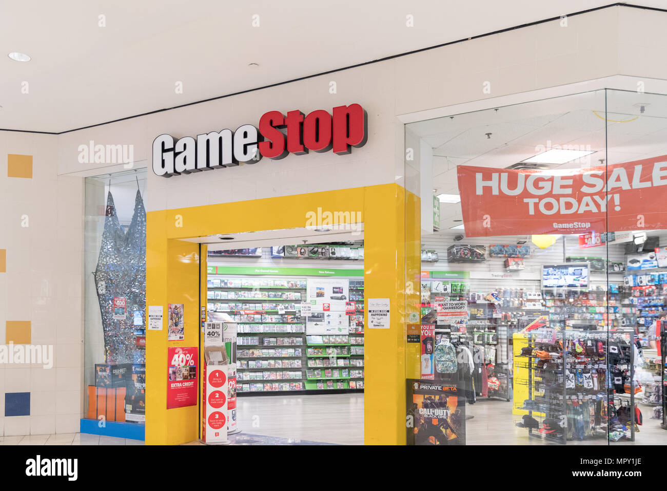 Philadelphia Pennsylvania May 21 2018 Gamestop Store In Usa With