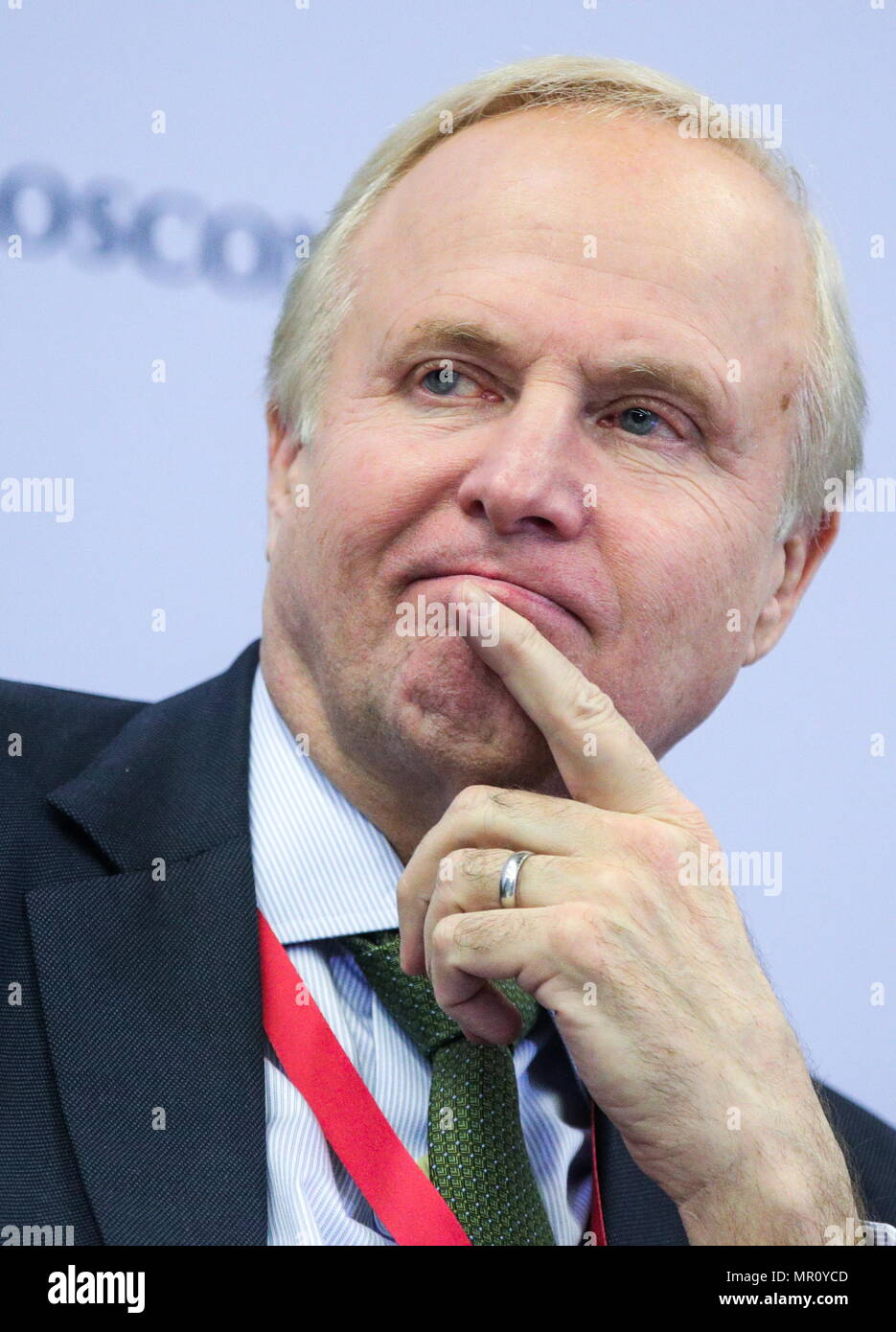 St Petersburg, Russia. 25th May, 2018. ST PETERSBURG, RUSSIA - MAY 25, 2018: BP CEO Robert Dudley at a session titled 'Energy Panel' as part of the 2018 St Petersburg International Economic Forum at the ExpoForum Convention and Exhibition Centre. Sergei Bobylev/TASS Host Photo Agency Credit: ITAR-TASS News Agency/Alamy Live News - Stock Image