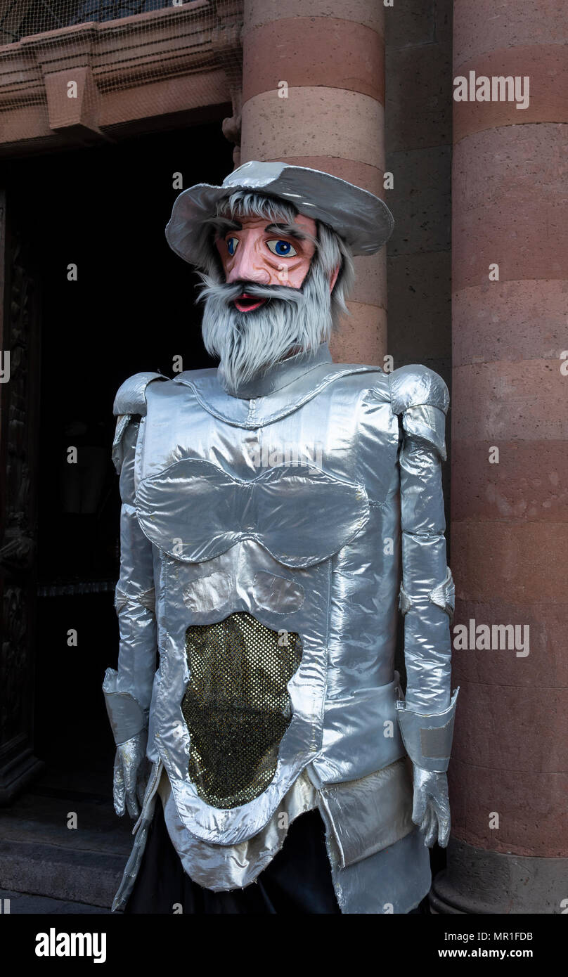 Giant Don Quote puppet, a mojigangas of San Miguel de Allende, Mexico - Stock Image