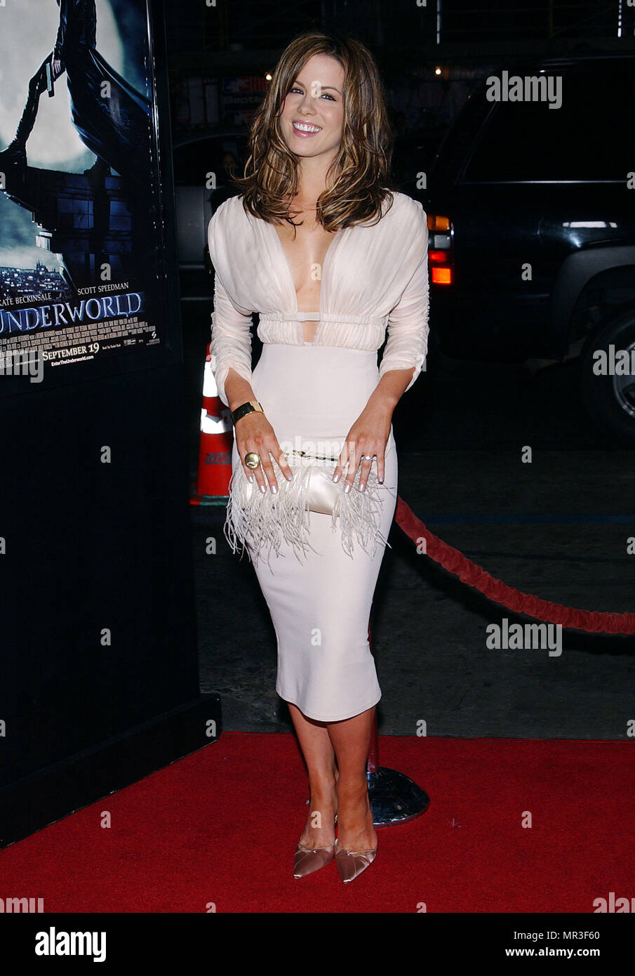 e8e467d35cf Kate Beckinsale arriving at the