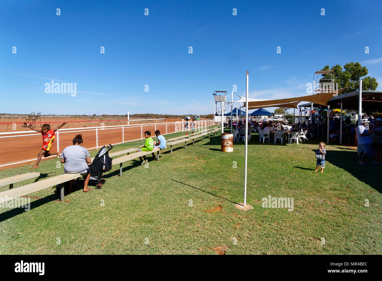 Aboriginal children at the Mount Magnet horse race course, Mt Magnet, Eastern Goldfields, Western Australia - Stock Image