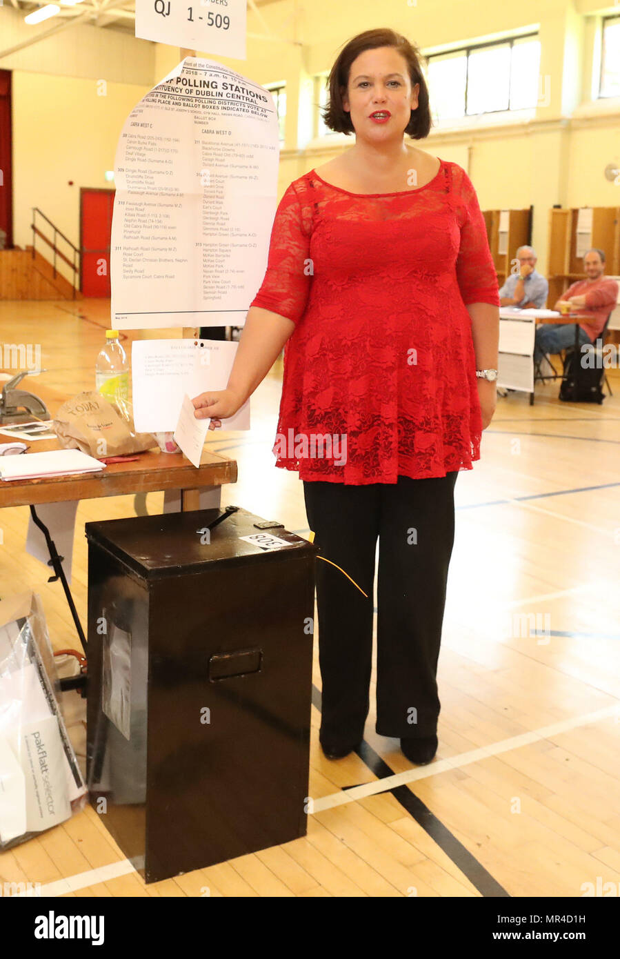 Sinn Fein leader Mary Lou McDonald cast her vote at the polling station in St Joseph's National School, Dublin, as the country goes to the polls to vote in the referendum on the 8th Amendment of the Irish Constitution. - Stock Image