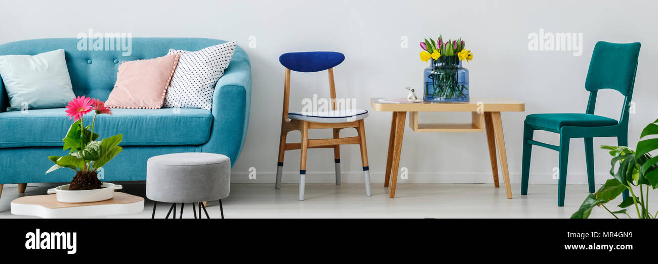 Fine White Living Room Interior With Fresh Flowers On Wooden Theyellowbook Wood Chair Design Ideas Theyellowbookinfo