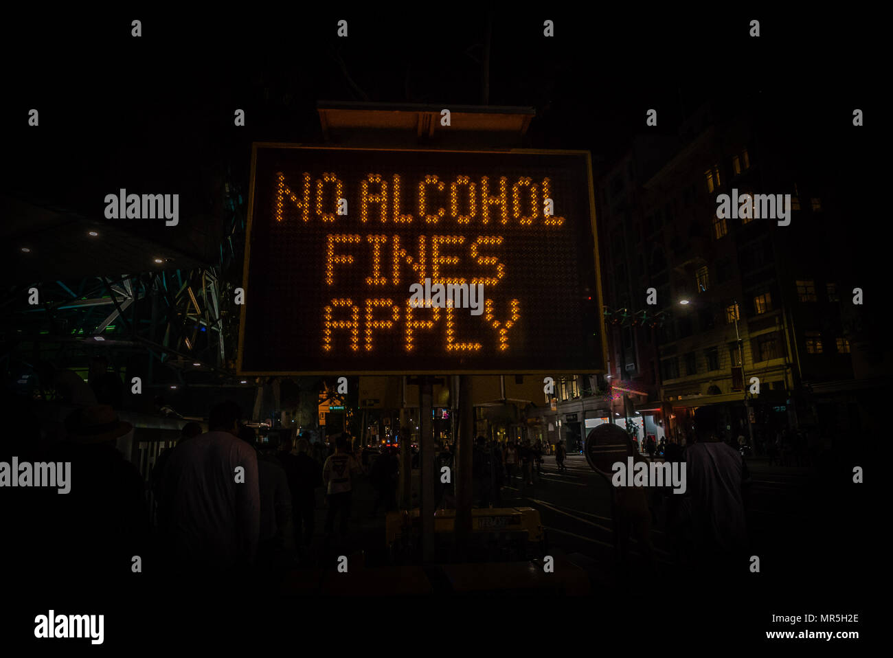 No alcohol fines apply sign prohibiting alcohol consumption - Stock Image