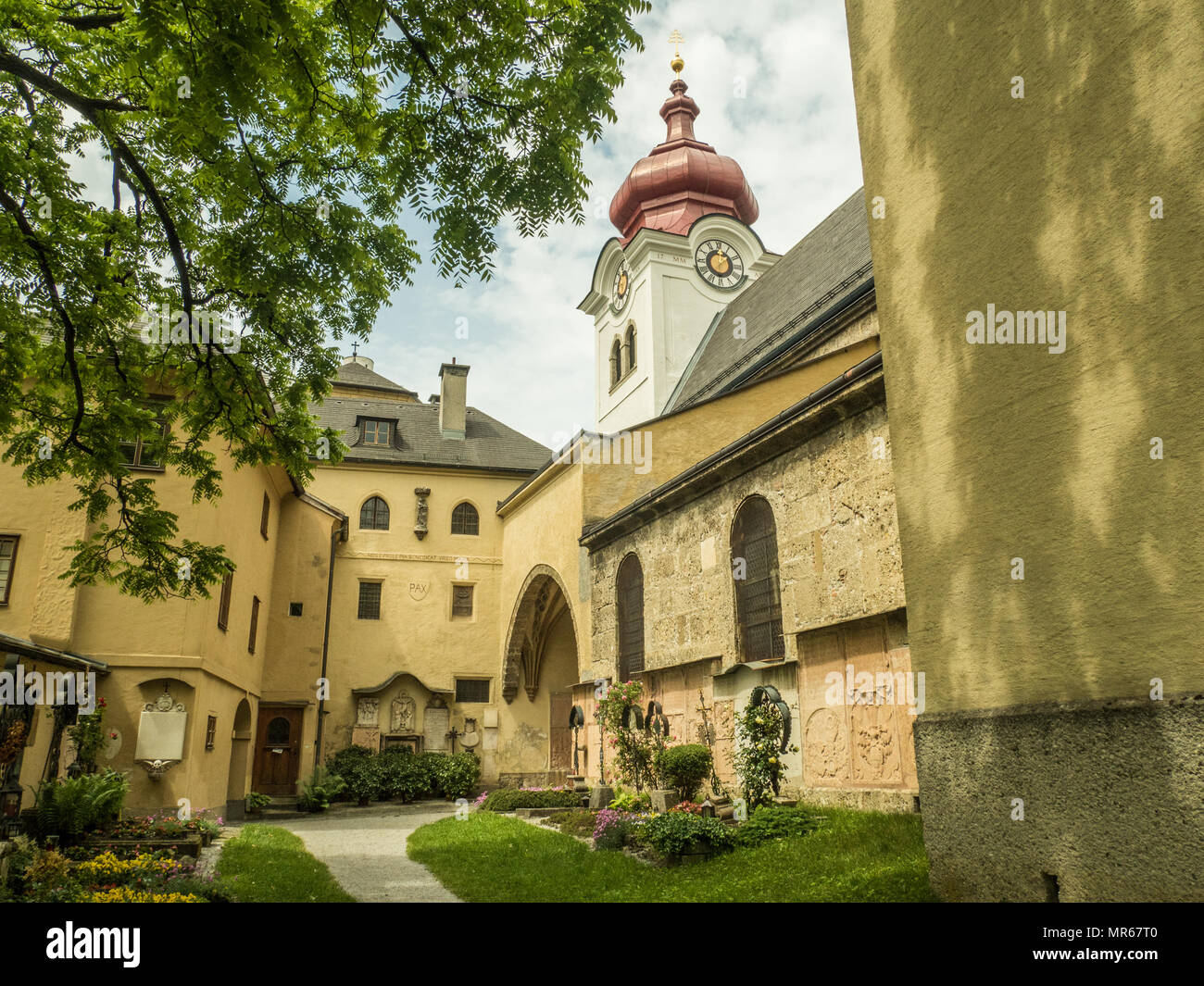 Nonnberg Abbey, a Benedictine Monastery in Salzburg, Austria. 'Maria Von Trapp' once lived here as depicted in the film 'The Sound of Music' - Stock Image