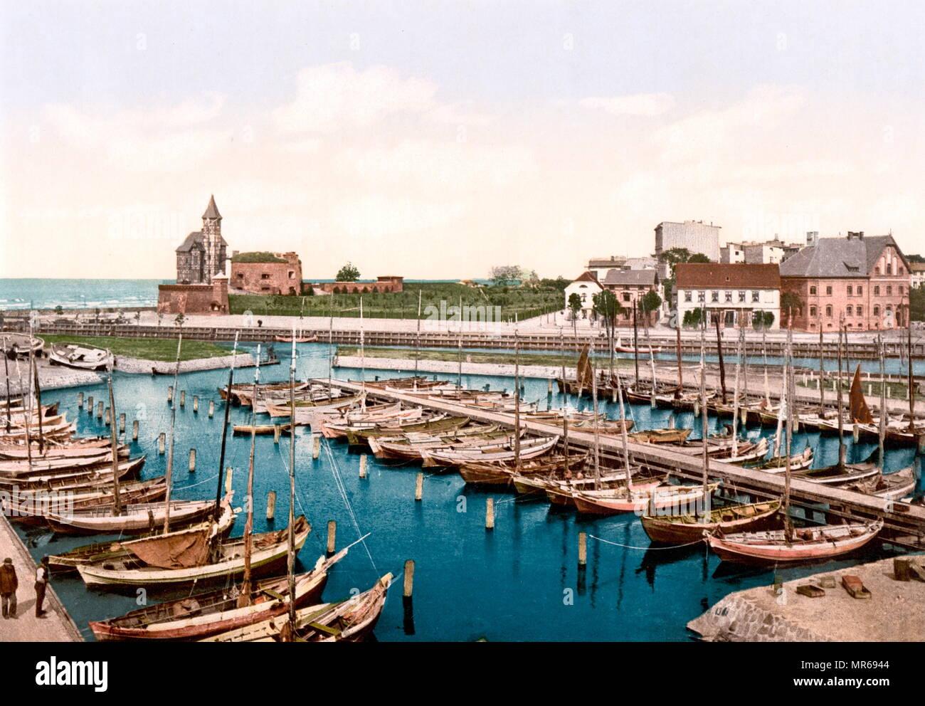 1900 colour postcard showing the Harbour and pilot station, Colberg, Pomerania, Germany Kołobrzeg (Poland) - Stock Image