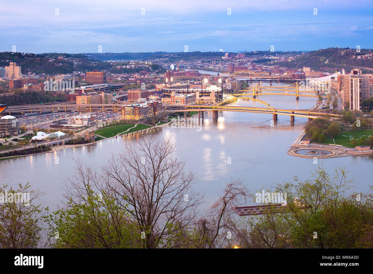 Allegheny River Bridge Pittsburgh Stock Photos & Allegheny