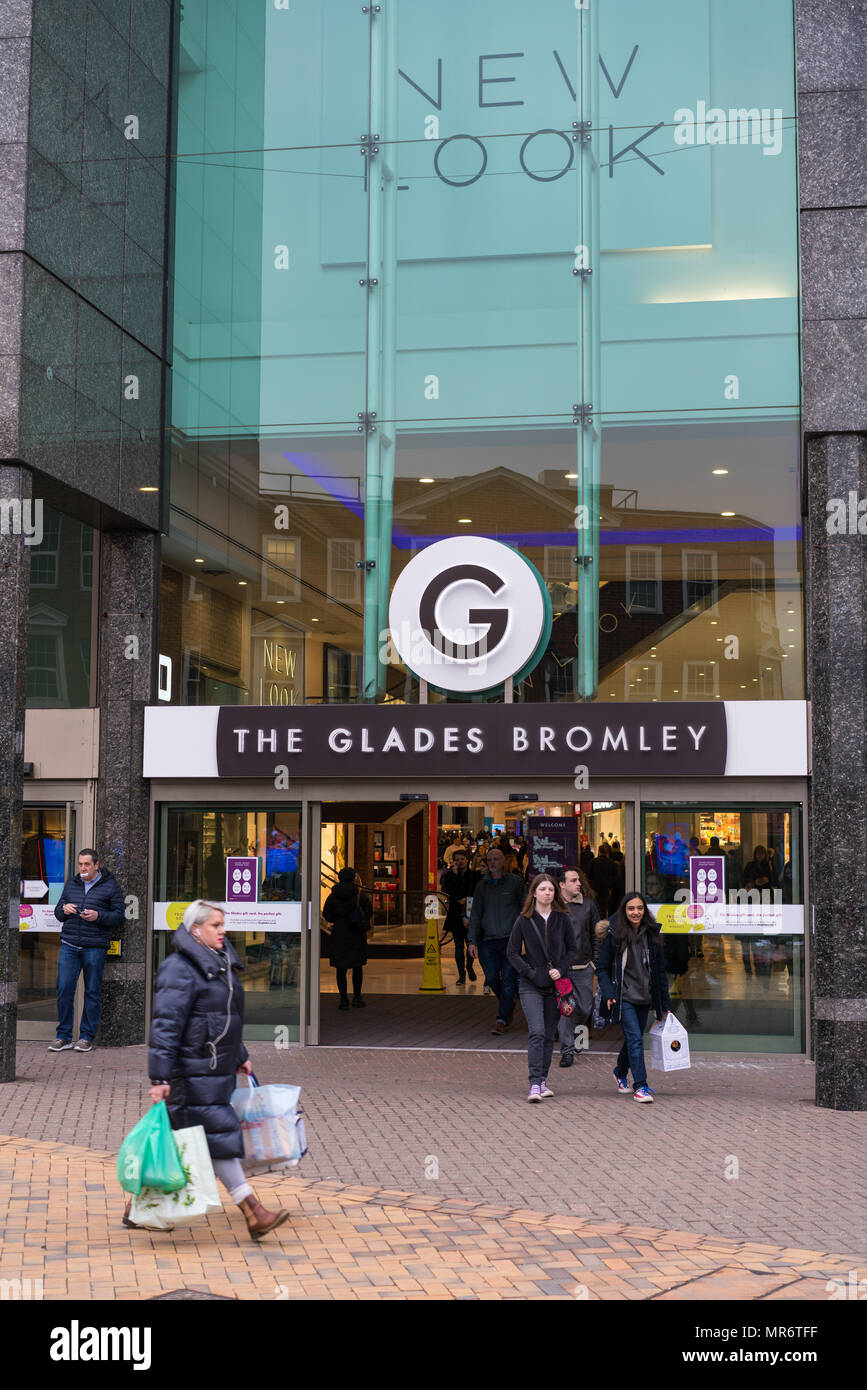 the glades bromley opening hours