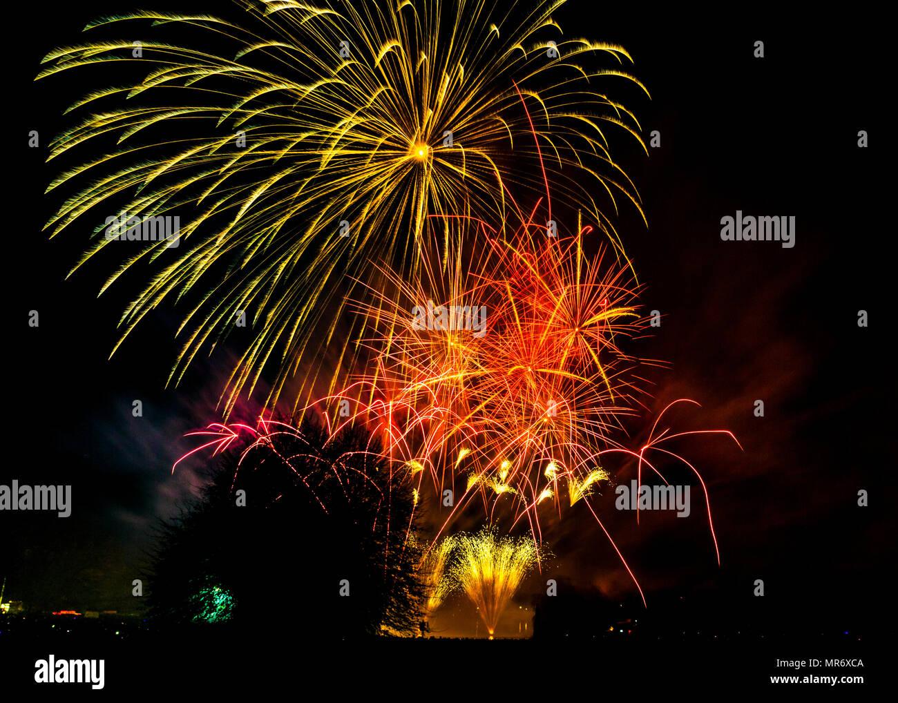 A firework display on November 5th celebration of the gunpowder plot of 1605 - Stock Image