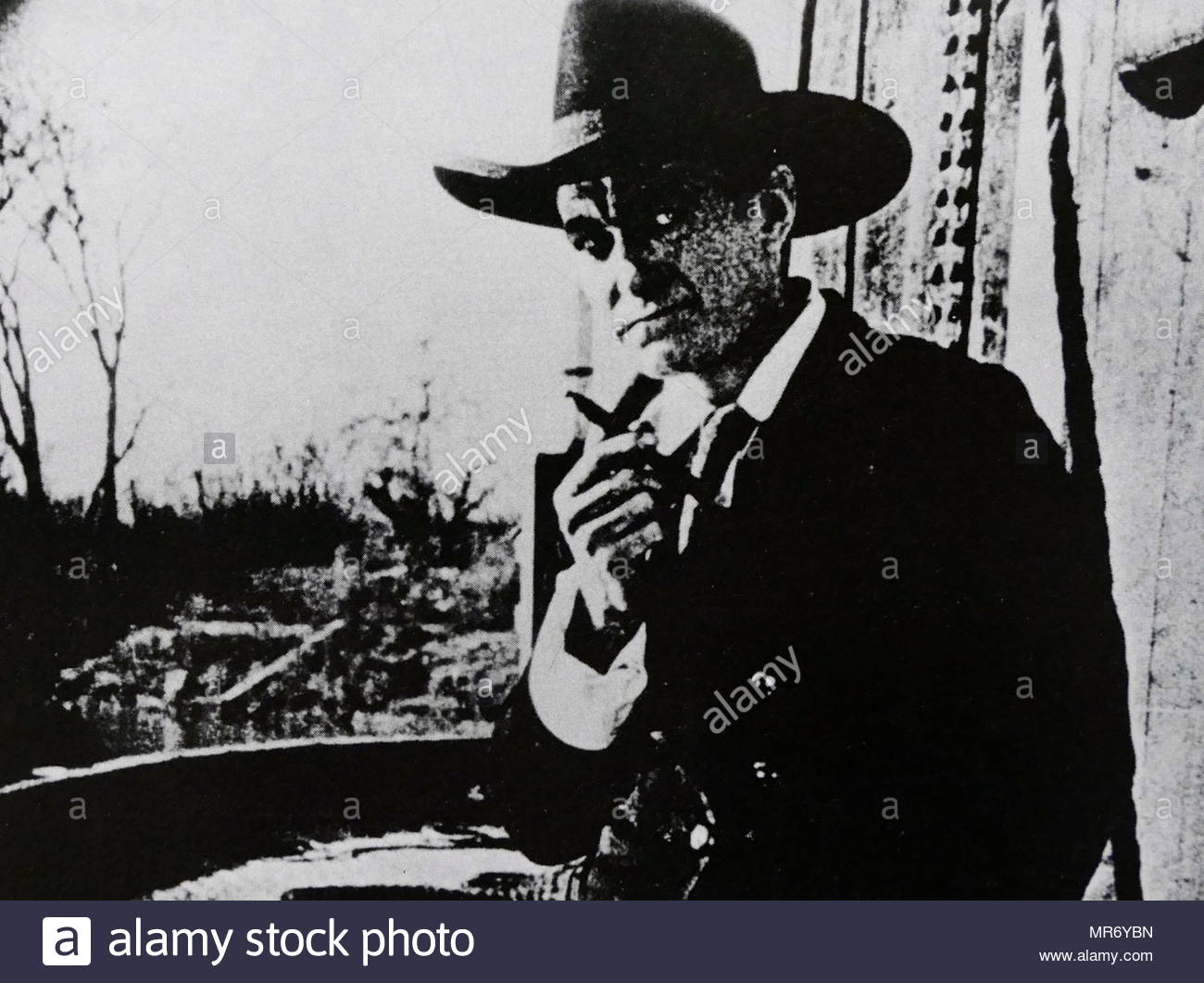 Harry Carey in 'The Outcasts of Poker Flat' a 1919 American western film, directed by John Ford. The film is considered to be lost. The screenplay is based upon the 1869 story of the same name by Bret Harte. Harry Carey (1878 – 1947) was an American actor and one of silent film's earliest superstars. - Stock Image