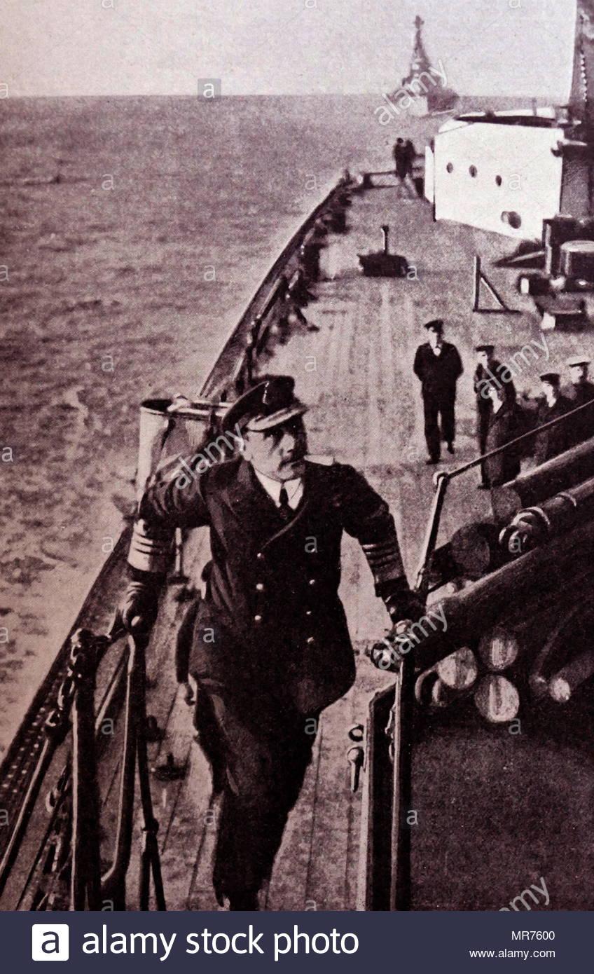 Admiral Sir John Jellicoe on board HMS Iron Duke at the Battle of Jutland; World war one 1916. Admiral of the Fleet John Rushworth Jellicoe, 1st Earl Jellicoe, (1859 – 1935), Royal Navy officer. He commanded the Grand Fleet at the Battle of Jutland in May 1916 during the First World War - Stock Image