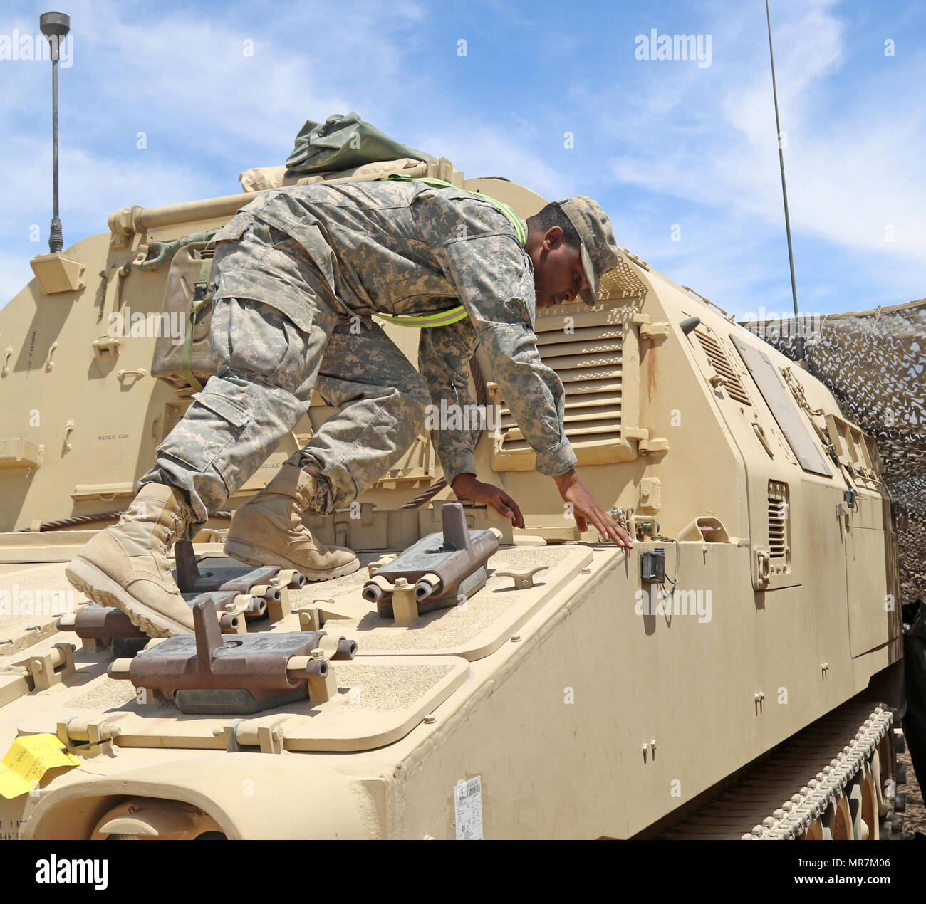 Spc  Demarlin M  Lee, a field artillery automated tactical