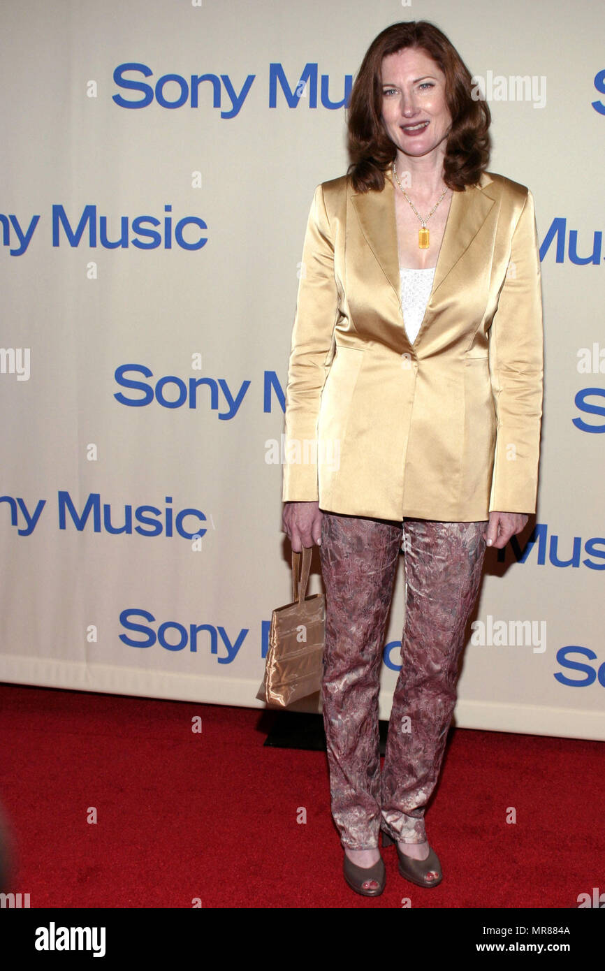 Annette O'Toole at the 2004 Sony Music Grammy Party held on Sunday, February 8, 2004 at the Maple Drive Restaurant in Beverly Hills, California.  OTooleAnnette2 Red Carpet Event, Vertical, USA, Film Industry, Celebrities,  Photography, Bestof, Arts Culture and Entertainment, Topix Celebrities fashion /  Vertical, Best of, Event in Hollywood Life - California,  Red Carpet and backstage, USA, Film Industry, Celebrities,  movie celebrities, TV celebrities, Music celebrities, Photography, Bestof, Arts Culture and Entertainment,  Topix, vertical, one person,, from the year , 2003, inquiry tsuni@Gam Stock Photo