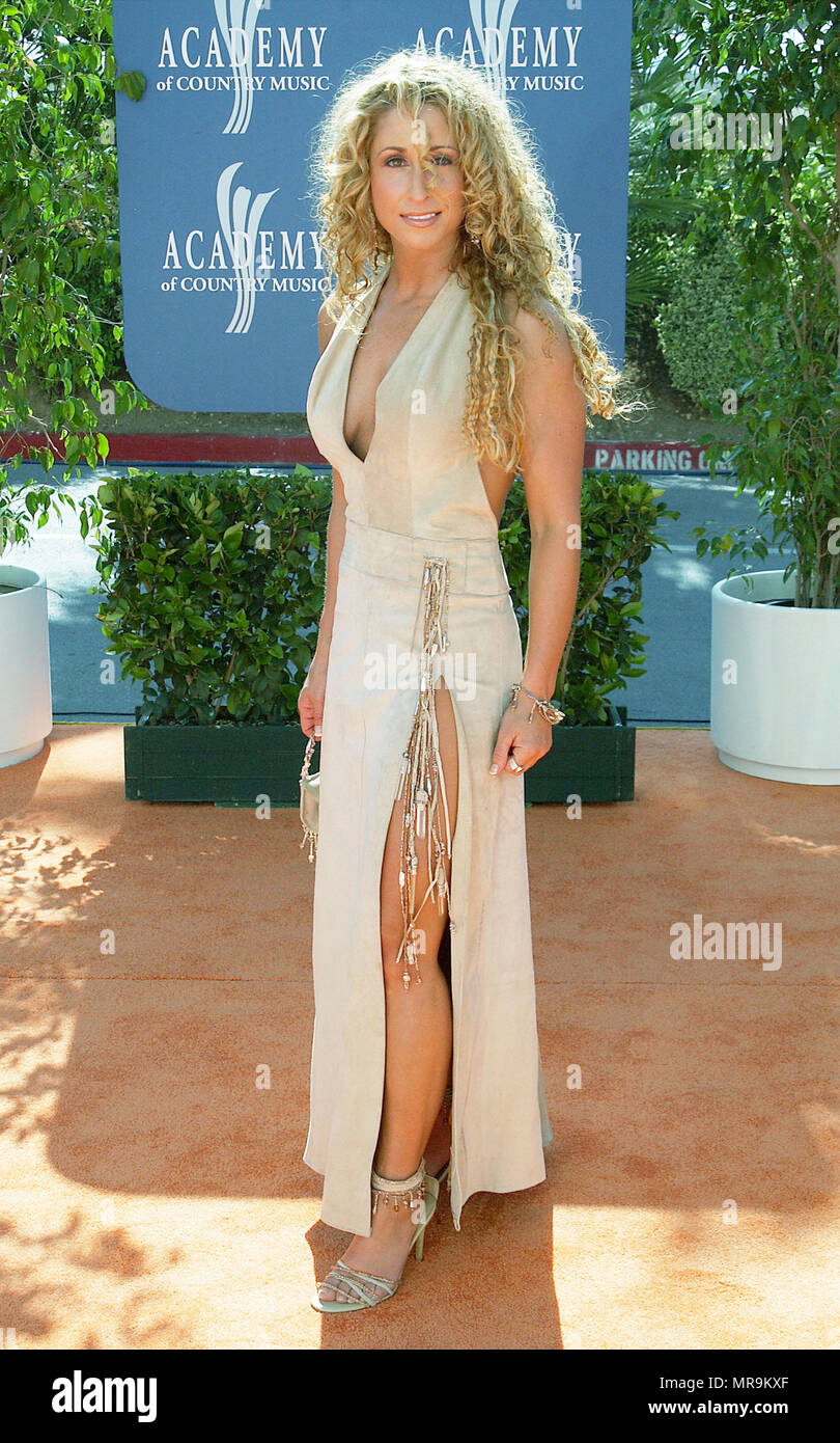 Heidi Johnson from Trick Pony arriving at the Country Music Awards