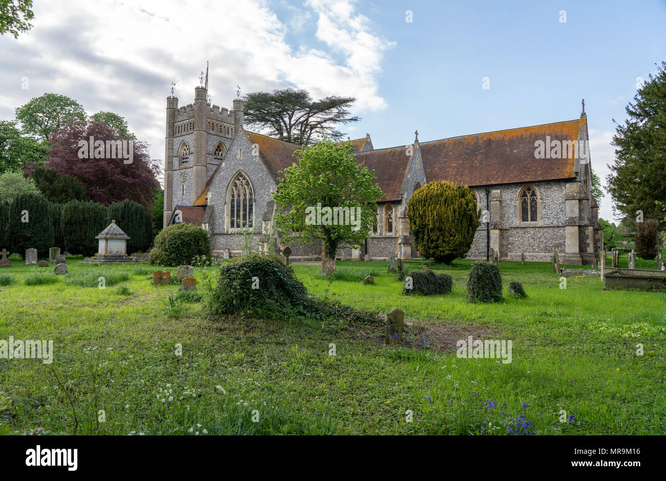 St Mary the Virgin church in village of Hambleden - Stock Image