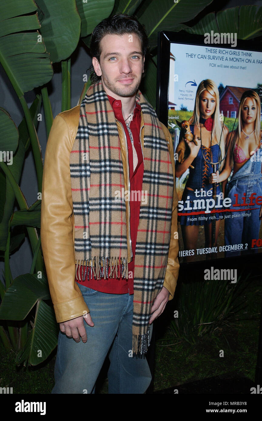 JC (In Sync) arriving at the premiere party for ' The Simple Life ', reality show at the Bliss Restaurant in Los Angeles. december 2, 2003.Red Carpet Event, Vertical, USA, Film Industry, Celebrities,  Photography, Bestof, Arts Culture and Entertainment, Topix Celebrities fashion , Best of, Event in Hollywood Life - California,  Red Carpet, USA, Film Industry, Celebrities,  movie celebrities, TV celebrities, Music celebrities, Photography,  Arts Culture and Entertainment,   , inquiry tsuni@Gamma-USA.com , vertical, one person,, Three quarters - Stock Image