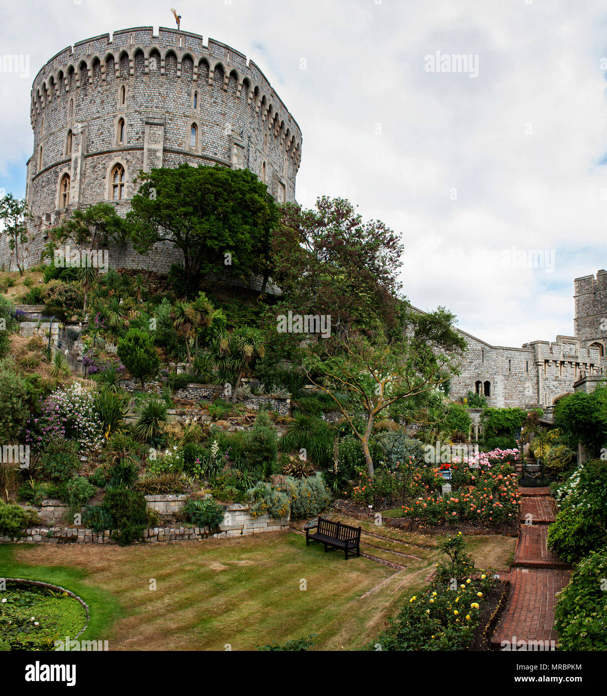 Inner garden surrounding the round tower in the middle ward of Windsor castle, residence of the british royal family in England, UK. - Stock Image