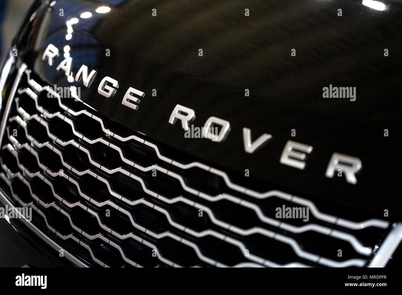 Range Rover logo on a car - Stock Image