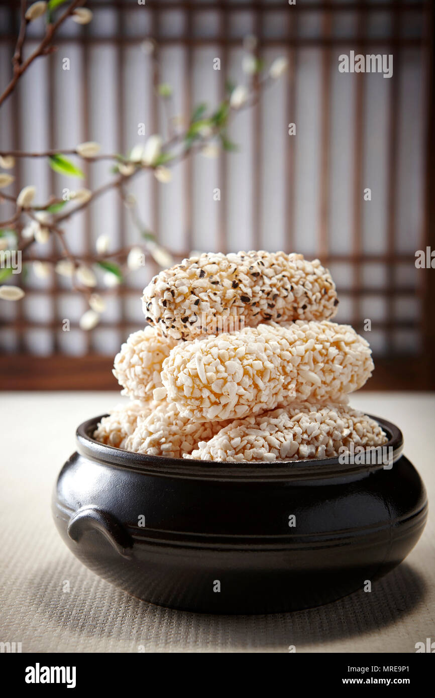 TraditionalKoreaFood Hangwa Korean traditional sweets and cookies - Stock Image