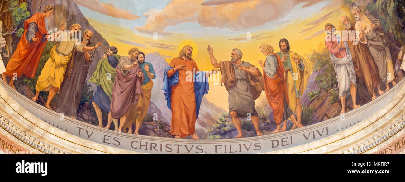 REGGIO EMILIA, ITALY - APRIL 13, 2018: The fresco of Jesus and the apostles in main apse of church Chiesa di San Pietro by Anselmo Govi (1939). - Stock Image
