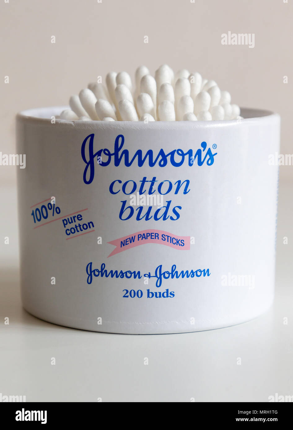 Johnson's Cotton Buds now have paper sticks instead of using plastic Stock Photo