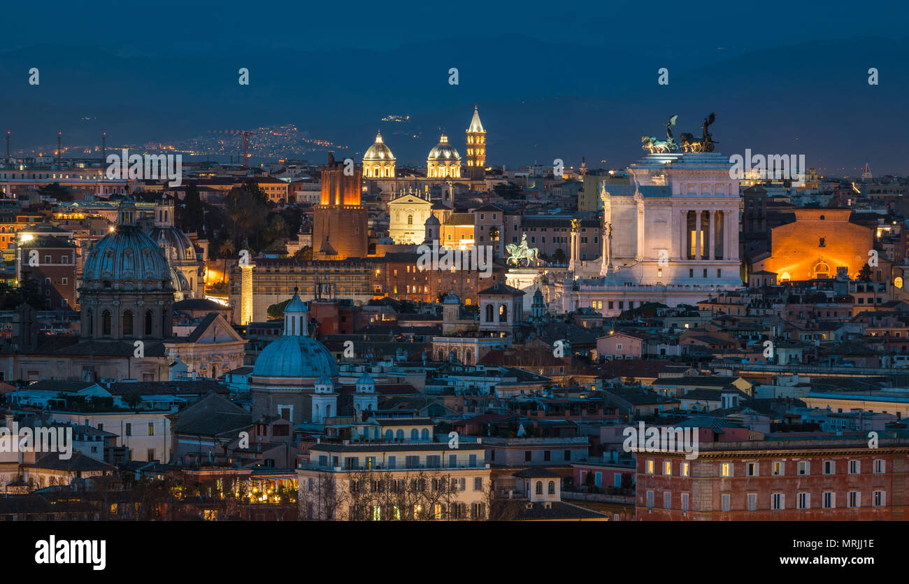 Rome panorama at sunset from the Gianicolo Hill Terrace Stock Photo ...