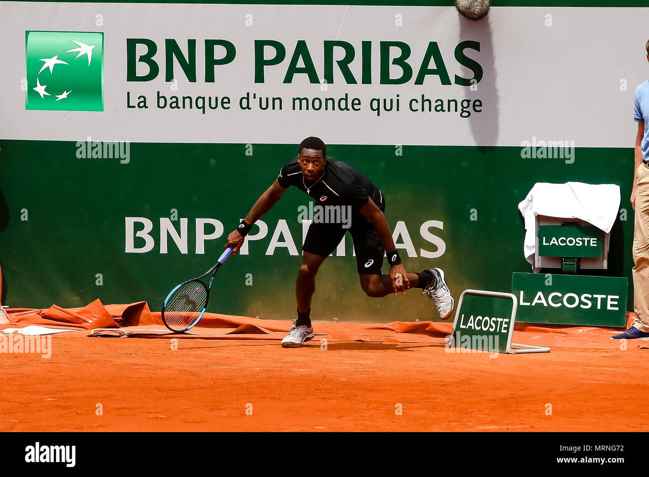 Paris, France. 27th May, 2018. Gael Monfils of France during his 1st round match at Day 1 at the 2018 French Open at Roland Garros. Credit: Frank Molter/Alamy Live News Stock Photo