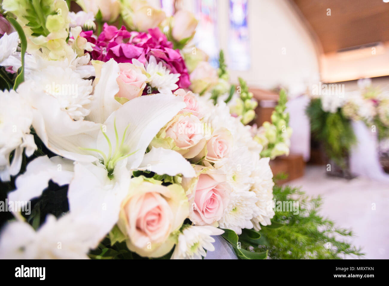 Wedding flower bouquet in church stock photo 186830889 alamy wedding flower bouquet in church izmirmasajfo