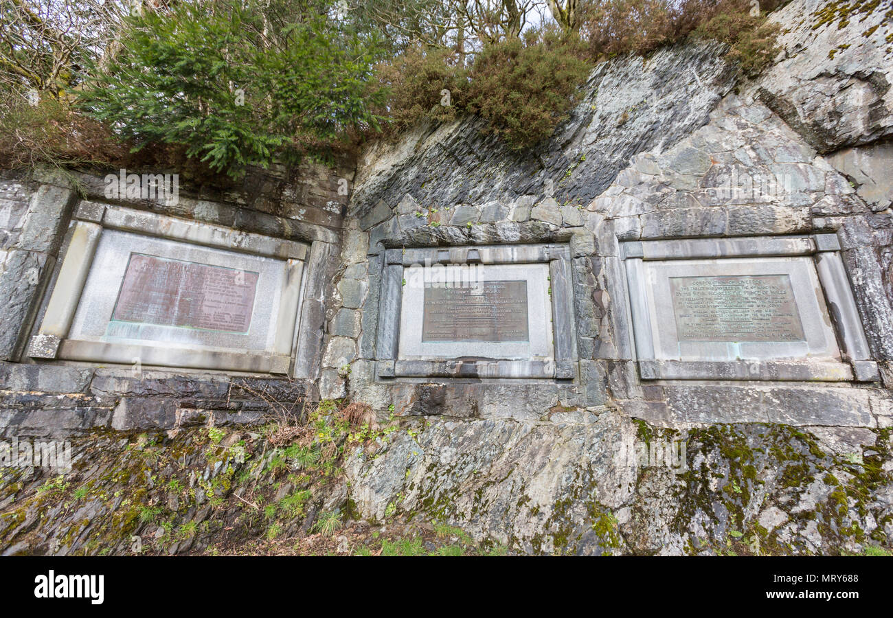 First stone and the Iron tablet to commemorate the completion of the dam in Lake Vyrnwy, reservoir in Powys, Wales, UK - Stock Image