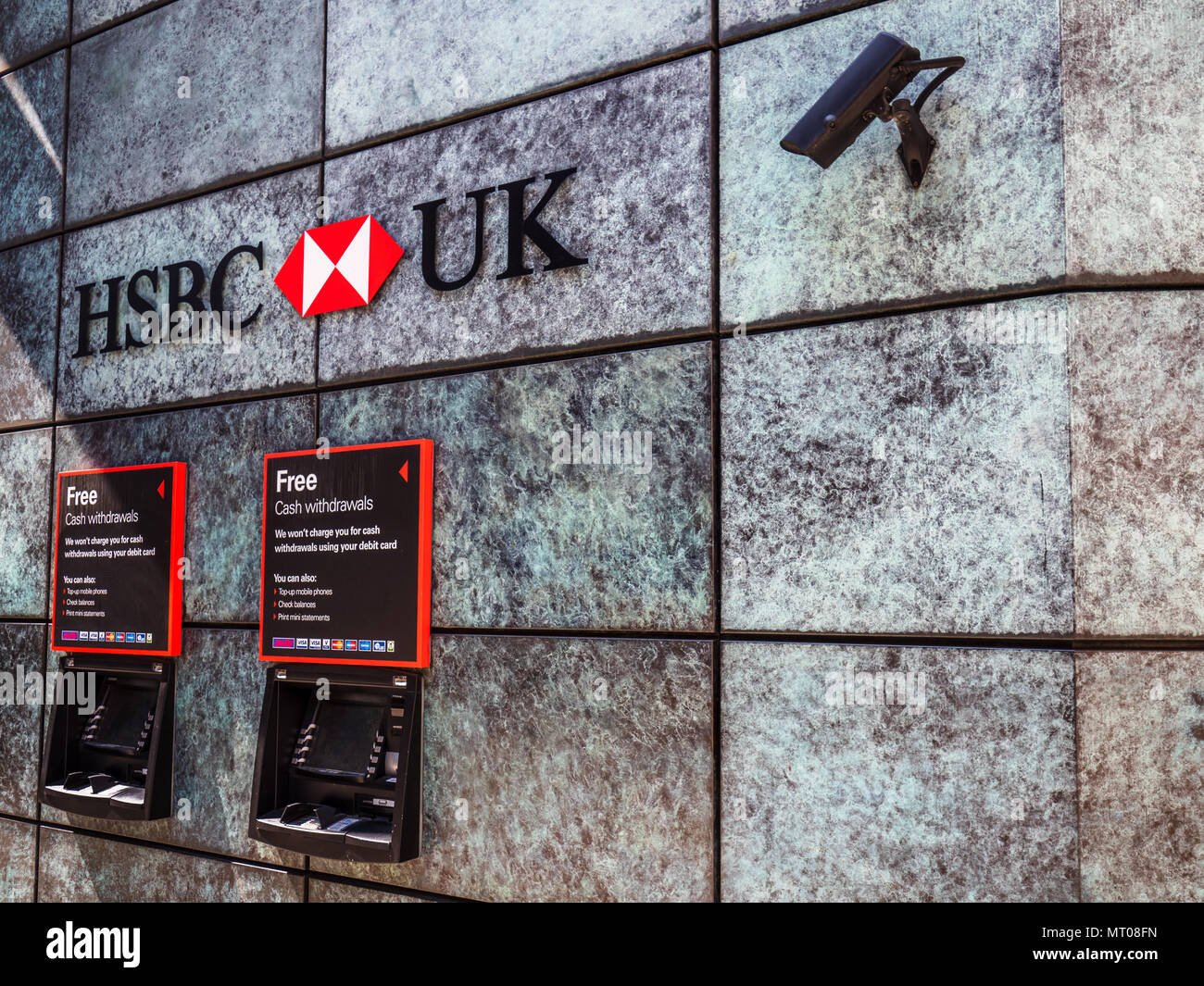 Hsbc Atms Stock Photos & Hsbc Atms Stock Images - Alamy