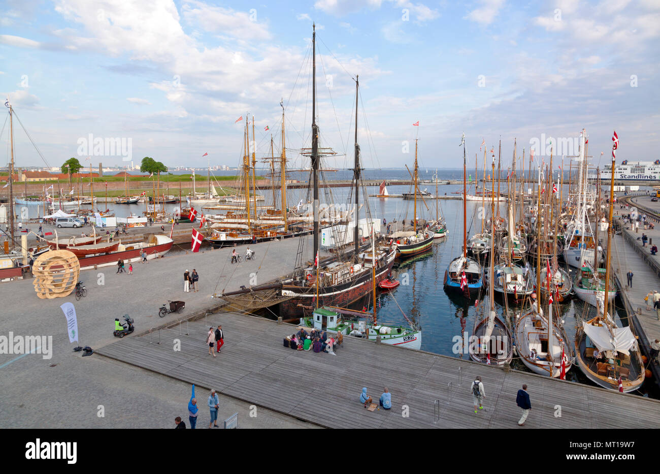 Historical days of more than 100 wooden ships in Elsinore at Pentecost / Whitsun in Helsingør, Elsinore, Denmark. Next to Maritime Museum and Kronborg - Stock Image