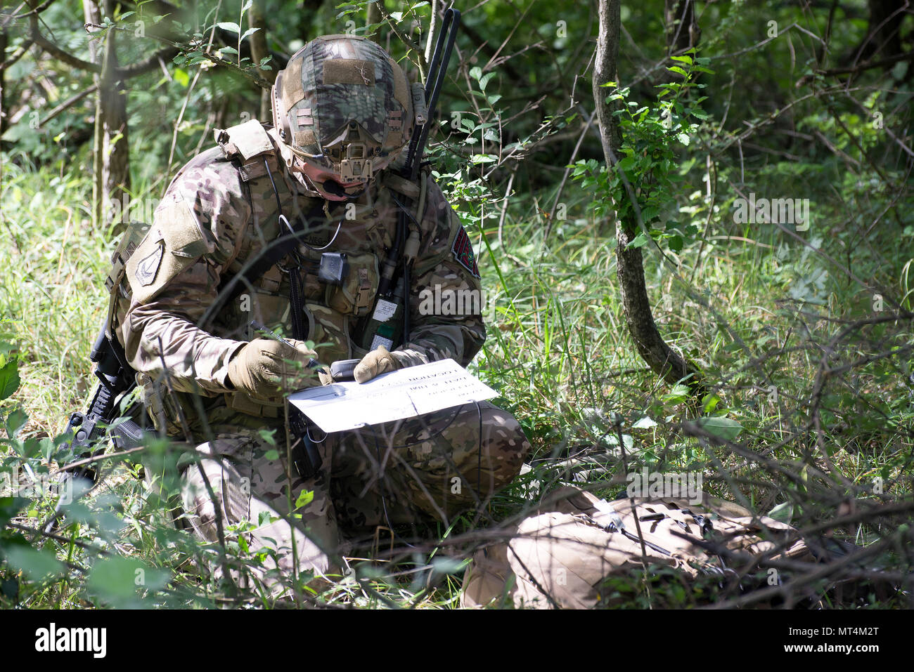 a hungarian special operations forces soldier logs information about