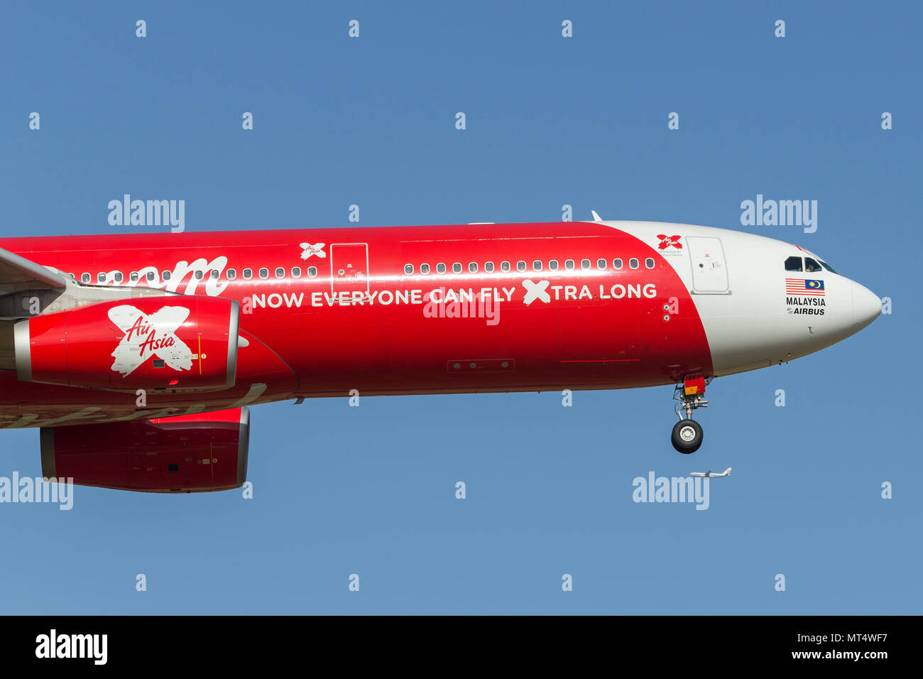AirAsia X Airbus A330-343 9M-XXJ on approach to land at