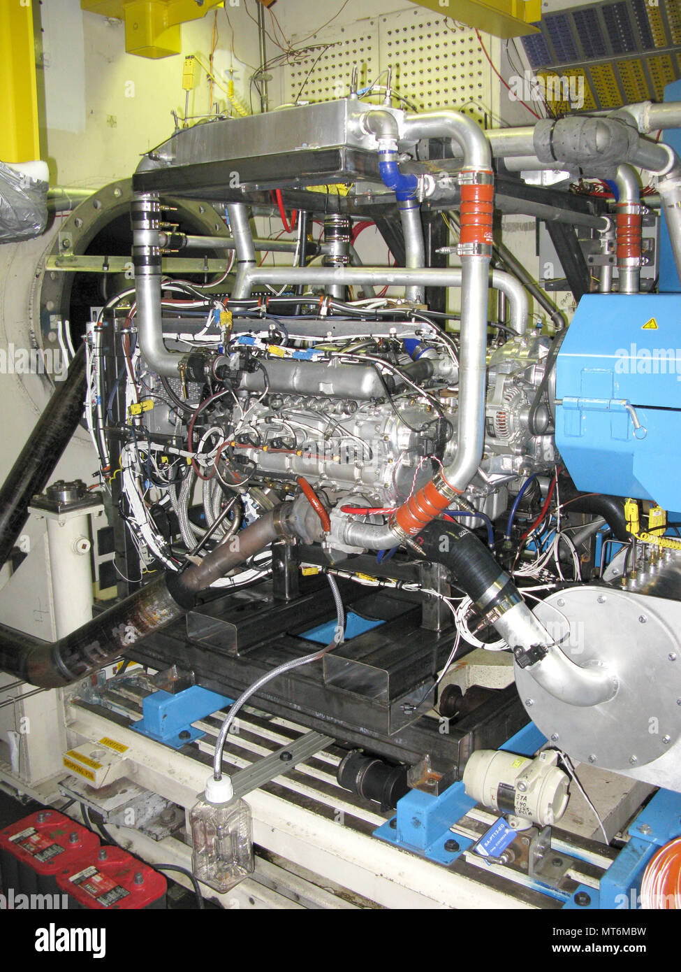 Fuel Cell Propulsion Stock Photos Arnold Filters The Afrl Advanced Power Technology Offices High Efficiency Innovative Aviation Diesel Engine Is Shown Here In
