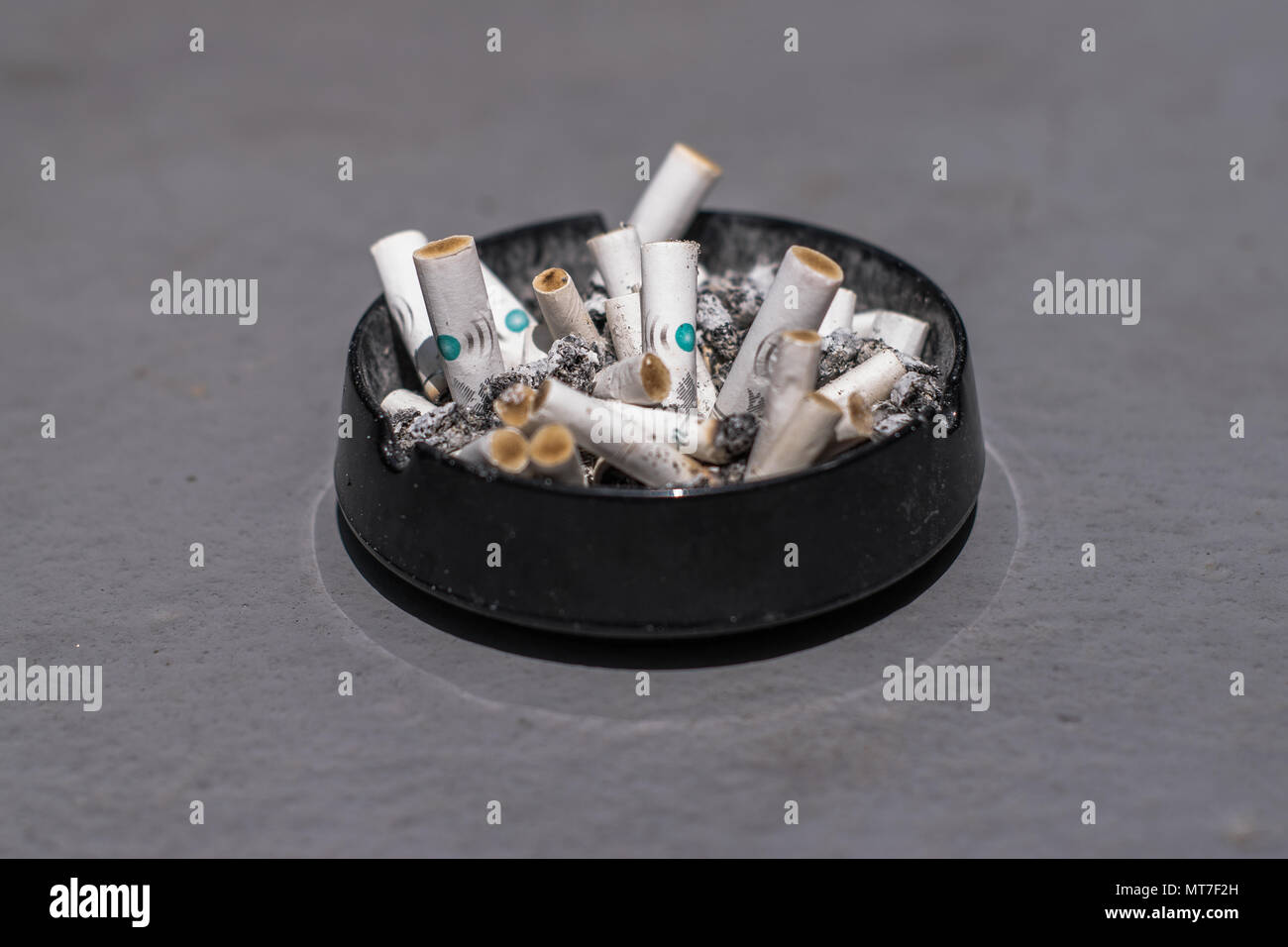 Cheap cigarettes Parliament buy mail