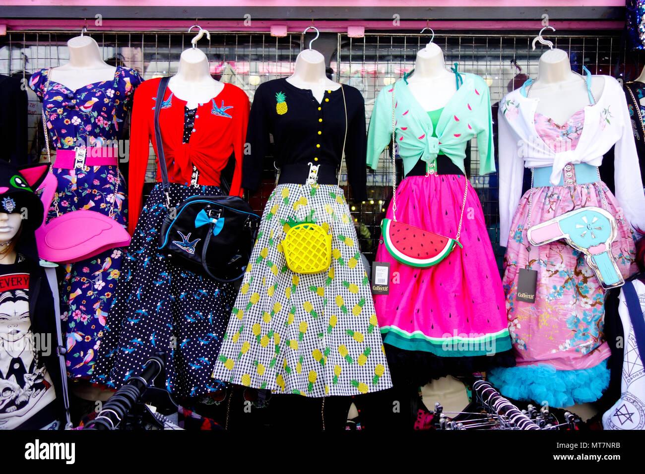 Vintage Wedding Dresses East Sussex: Brighton Shops Stock Photos & Brighton Shops Stock Images
