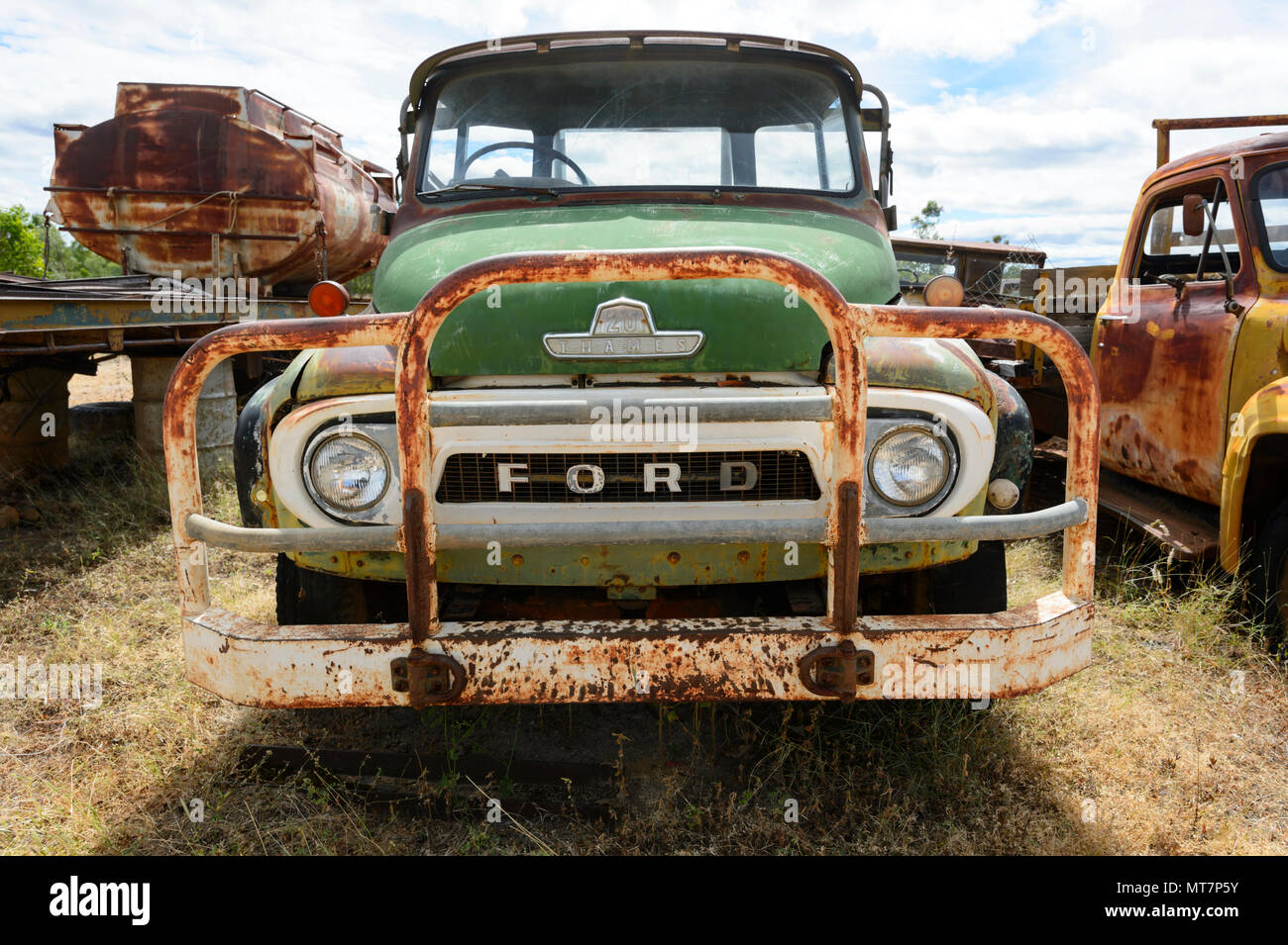 Old rusty green 20 Thames Trader Ford truck, part of Tom Prior\'s ...