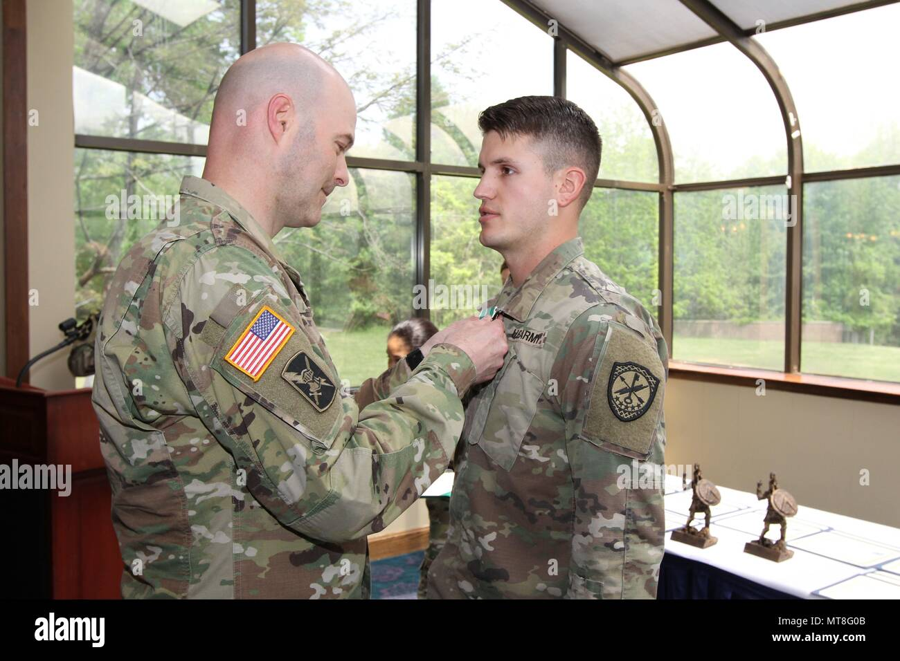 Fort George G Meade Md Spc Alexander Musarra Right Company B 782nd Military Intelligence Mi Battalion Cyber 780th Mi Brigade Cyber Receives The Army Commendation Medal From Col Rhett Cox Commander